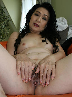 mature asian lady free nude pics