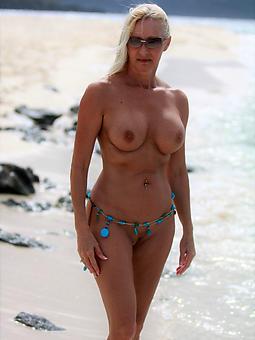 abandoned grown-up nude seaside photos