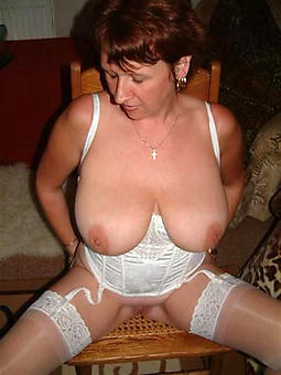mature squirearchy up big chest free naked pics