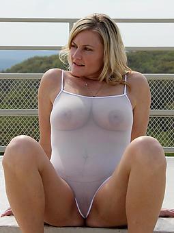 mature extreme bikini sex pictures