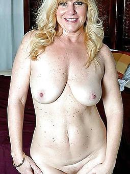 beautiful blonde strata unfold photos