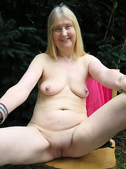 naked flaxen-haired lady xxx pics