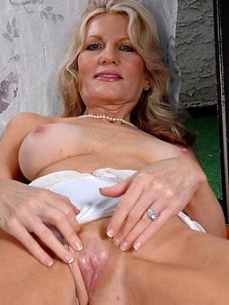 prostitute  crazy blonde son pics