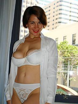 matured big titty brunette hot porn pics