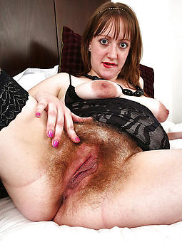 german mature ill-lighted masturbating