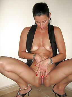 mature brunette porno