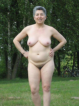 hot grandma unembellished pictures