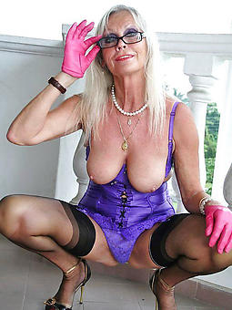 amature old grandma stripped pics