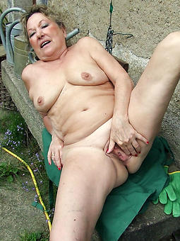 amature grandma masturbating pics