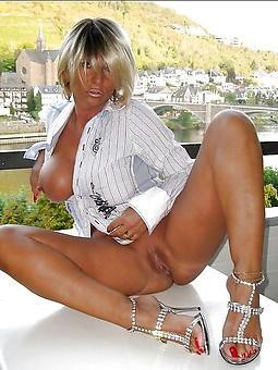 mature ladies legs porn galleries