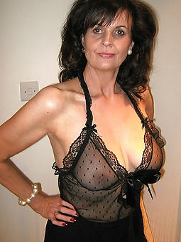 inexpert sexy mature lady in lingerie peel