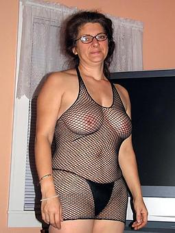 ladies in off colour lingerie porn galleries