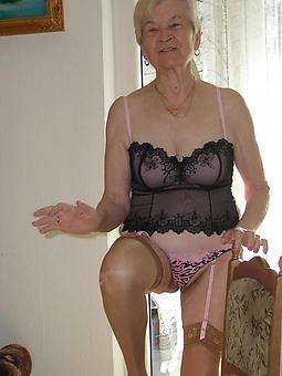 mature babes in lingerie amature sex pics