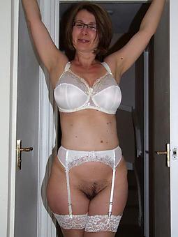 pics of mature moms