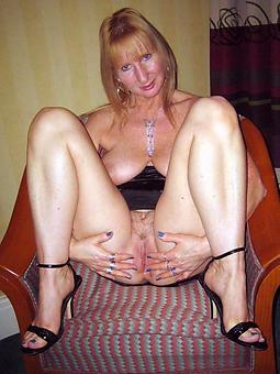 bare full-grown old mommy porn strip