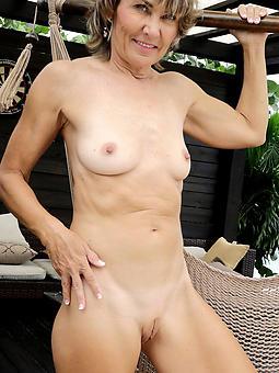 naked lady mommy amature milf pics