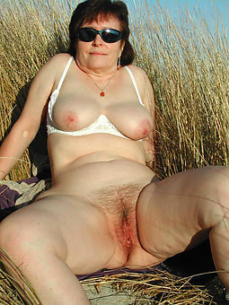 outdoor mature X-rated unadorned pics