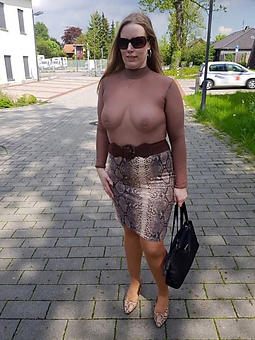 pictures of hatless outdoor lady