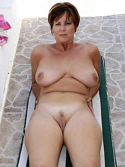 mature ladies outdoors amature sex pics