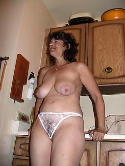 left alone ladies in X-rated panties pics