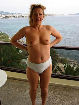 old ladies almost panties amature porn pics