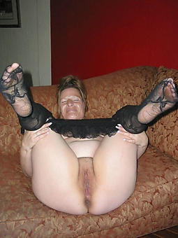 porn pictures of matured gentry in pantyhose