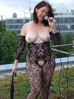 curvy ladies here pantyhose photos