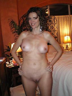 pallid adult wife Bohemian nude pics