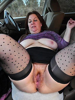 ideal ladies akin their pussy