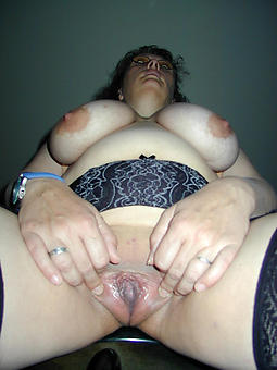 unorthodox grown up english pussy pics