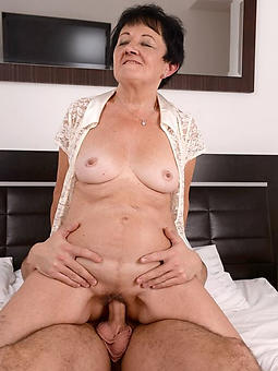 natural grown up lady gets fucked pics