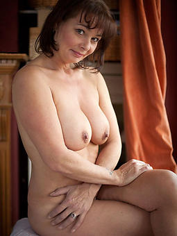amature aristocracy with chunky boobsnude pics