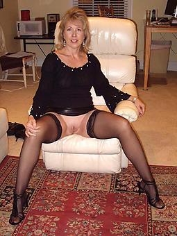 mature legs round stockings xxx pics