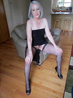 matures in stockings galleries