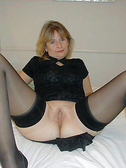mature lady in stockings adult porn