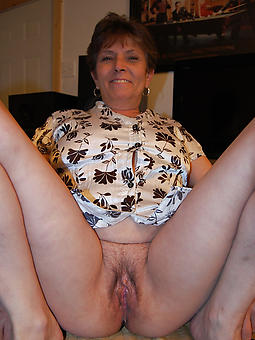 mature only nude non-professional milf pics