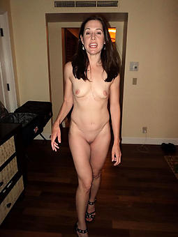 starved grown up small tits sexy bare-ass pics