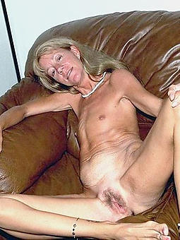 half-starved matured moms pic