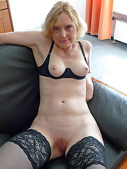 hot shaved mature squirearchy amateur pics