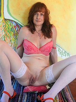 curvy mature shaved vagina pics