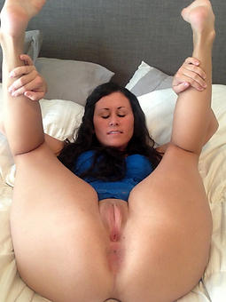 porn pictures of shaved mature cunts