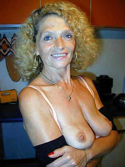 matured huge saggy tits pic