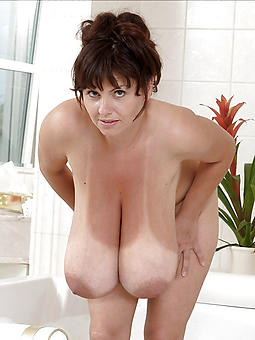 porn pictures be advantageous to saggy lady