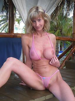 mature bikini babes amature mating pics