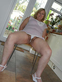 porn pictures of upskirt matured women