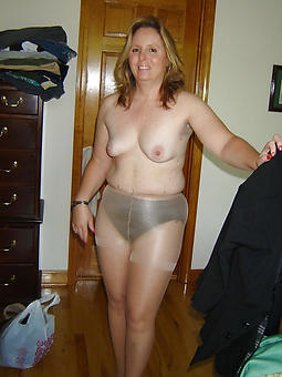 sexy superannuated ladies in pantyhose stripping