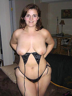 chubby mature strata free porn pics