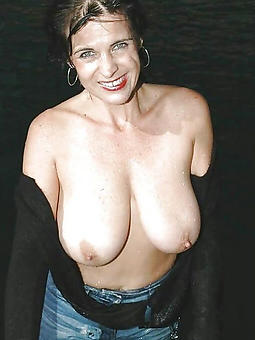 ladies round obese pair free porn pics