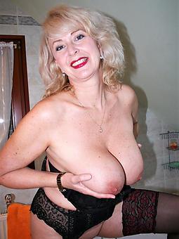 nice mature ladies with big tits photos