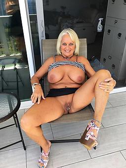 ladies legs unorthodox porn pics